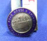 Holiday camp souvenir badge may phill road house & swimming pool member club