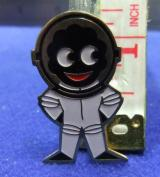 robertsons golly badge brooch astronaut spaceman 1980s pointed feet