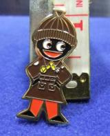 robertsons golly badge brooch brownie guide1980s pointed feet